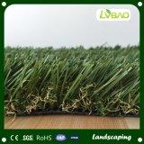 Hierba artificial falsa sintetizada al aire libre barata para las áreas residenciales