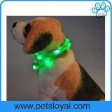 Colar de cão do animal de estimação do diodo emissor de luz do silicone da alta qualidade da fábrica
