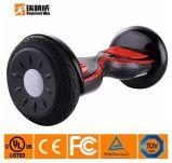 Le scooter d'équilibre de certificat d'UL avec 10 pouces roule le noir
