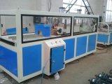 WPC MaschineWPC Decking-Bodenbelag-Maschine