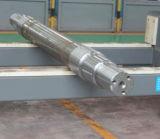 O ferro de carcaça parte o eixo do reboque das peças do reboque