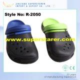 Kundenspezifische Form-Holey Männer EVA-Klötze, haltbare Form EVA-Klötze mit zwei Schicht-Farben