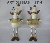 Сидя северный олень с связанной курткой и милый рожочками ягоды, подарком Asst-Рождества 2