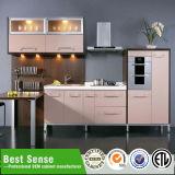 Шкаф кладовки кухни угла дома кашевара