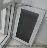 Finestra di alluminio bianca con l'apertura della stoffa per tendine