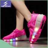 L'OEM personnalisent les chaussures unisexes de lumière de Noël de DEL