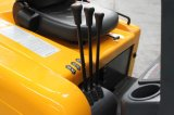 Un carrello elevatore a forcale elettrico delle 3 rotelle