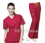 Le prix bon marché l'hôpital remplaçable qu'imperméable à l'eau médical frottent des uniformes, le polyester 100% frotte