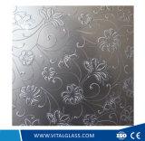 집 건축에 사용되는 장식적인 장식무늬가 든 유리 제품