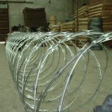 熱浸された電流を通されたかみそりの有刺鉄線かアコーディオン式ワイヤー
