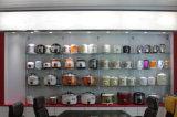 까맣고와 빨강 2 조율된 색깔을%s 가진 가득 차있는 바디 밥 요리 기구
