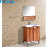 Governo di stanza da bagno domestico moderno 028