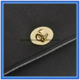 Trendy Design personnalisé DuPont Paper Casual Messenger Bag, Hot Promotion Tyvek Paper Ladies Shopping Sac cosmétiques avec ceinture en métal doré