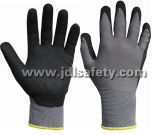 Gant fonctionnant tricoté par nylon gris avec des nitriles de sable enduits (N1558)