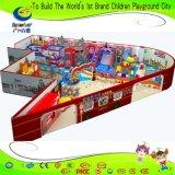 新しいデザインキャンデーの球のプールが付いているテーマの子供の運動場