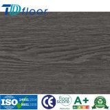 Plancher en bois gravé en relief enregistré de Lvt d'étage de planche de vinyle de PVC de couleur