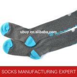 Cotone 100% del calzino del tubo di Coloful della donna (UBM1037)