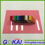 Прозрачный ясный и цветастый лист плексигласа