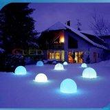 屋外および多彩なプラスチックLED魔法の球ライト