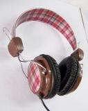 De klassieke Vouwbare Diepe Bas Stereo Getelegrafeerde Hoofdtelefoon van de Hoofdtelefoon van DJ