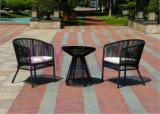 Luxuxlandhaus-Tisch-und Stuhl-Kaffee-Haus-im Freienpatio-Möbel