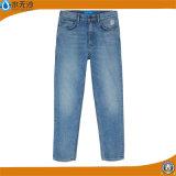 工場OEMの人のブルー・ジーンズの方法綿のデニムのジーンズ