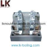 Stampaggio ad iniezione di plastica di precisione su ordinazione per le parti di plastica chiare del LED