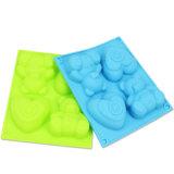 4 même le moulage de savon des silicones DIY de forme d'amour de Bear&