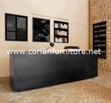 アクリルの固体表面の黒いカラーオフィスのホテルのレセプションのカウンターの机