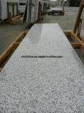 中国の自然なゴマの白いG655花こう岩の平板かタイルまたはカウンタートップ