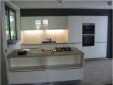 中国の卸し売り工場供給の紫外線アクリルPETG反スクラッチ光沢度の高い木の食器棚