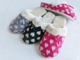 女性かわいい屋内暖かいニースの柔らかいSlipper ウサギを使って