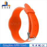 Bracelet sec de couleurs de silicones lumineux d'IDENTIFICATION RF pour le management de garde