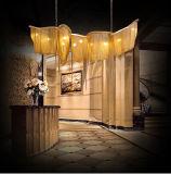 Lámpara del chalet de la decoración del arte que enciende la luz pendiente de cadena de aluminio de la borla moderna