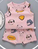 赤ん坊の衣類