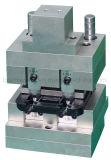 Machine sertissante de double position servo pour le cadre de Jb