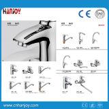Hot Sale Deck Mounted Single Handle torneira de lavatório de latão (H01-101)