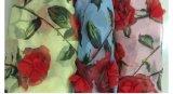 シフォンによって花のレースの三次元ローズ印刷されるファブリック