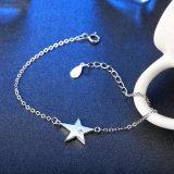 Un braccialetto d'acciaio dai 925 Sterling con un braccialetto d'argento semplice dell'inserzione della stella delle donne Pendant di Zircon