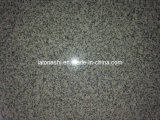 Kitchen Flooring를 위한 자연적인 Cheap Polished Grey Granite Floor Tile
