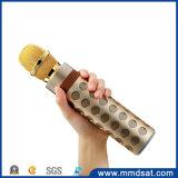 O altofalante sem fio do Mic Bluetooth do karaoke K8 o mais atrasado