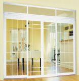 Porta deslizante do PVC da alta qualidade com vidro geado e projeto da grade