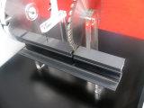 El corte del indicador digital consideró para el tubo de aluminio