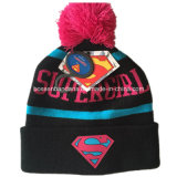 OEMの農産物はデザインによって刺繍されたスキースポーツの帽子のアクリルのニットの黒の帽子の帽子をカスタマイズした