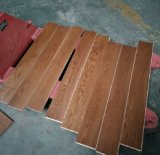 Madeira compensada de madeira projetada noz personalizada do revestimento do assoalho de madeira em China