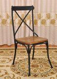 Chaise de restaurant en métal de dos de croix de reproduction