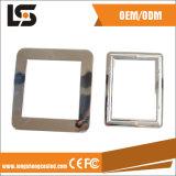 部品のロゴによってカスタマイズされる写真フレームを押すハードウェアの金属