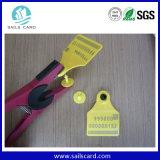 Markering van het Oor van de Schapen RFID van het Vee van het Gebruik van het landbouwbedrijf de Dierlijke (qfrfidtag-001)