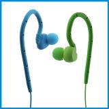 Ipx8는 선전용 고품질 귀 훅 이어폰을 방수 처리한다