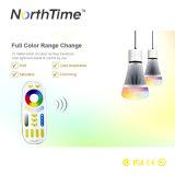 bulbo sin hilos de 2.4G AC86-265V E27 8W RGBW LED